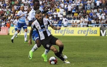 Lucas Lima volta a ser decisivo no Santos e tenta reconquistar a confiança