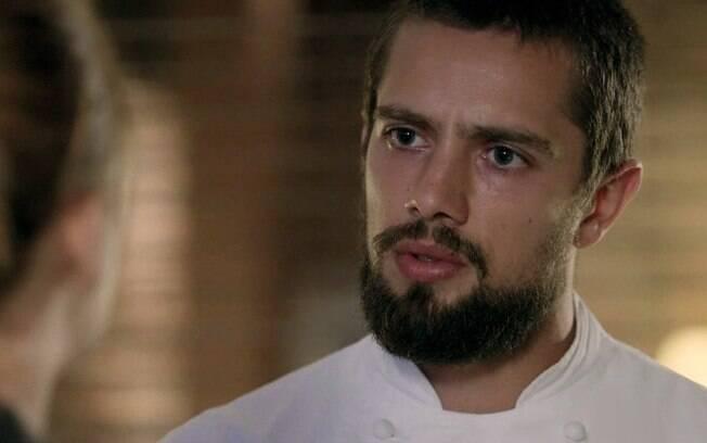 Império: Enrico usa língua de chicote, faz acusação escrota e toma porrada Vicente em banheiro público