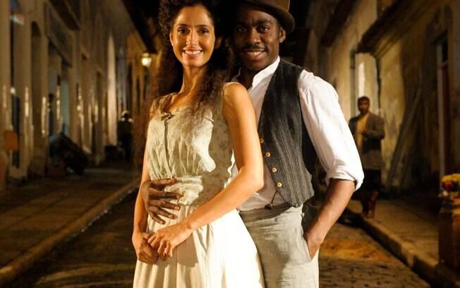 Amigos na vida real, Camila e Lázaro já se apaixonaram mais de uma vez na ficção
