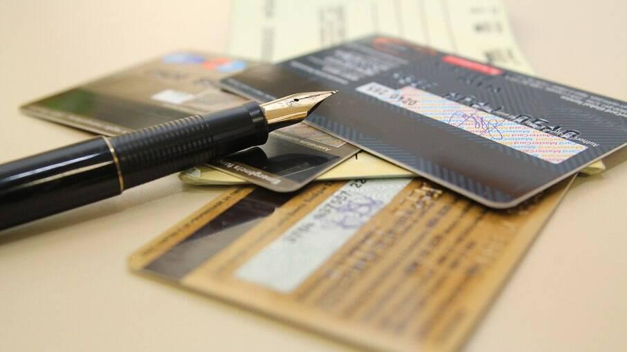 Cartão de crédito lidera o ranking de dívidas familiares em 2020