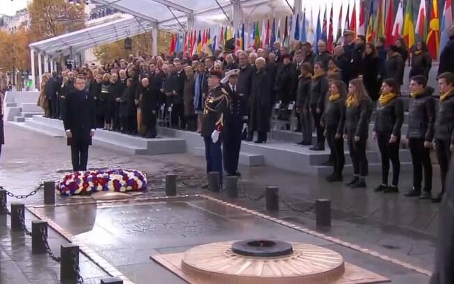 Centenário do fim da Primeira Guerra Mundial foi lembrado em evento realizado no Arco do Triunfo, na França