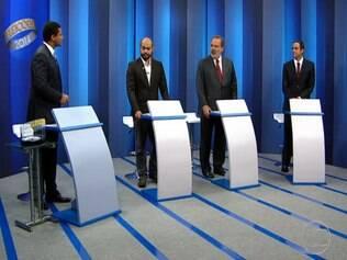 Debate é marcado por acusações