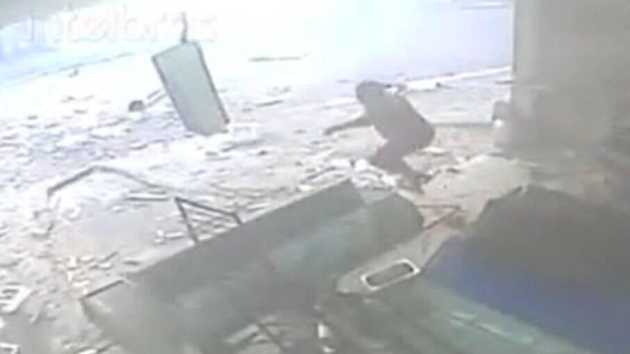 Explosão de gás em Belém deixa quatro feridos