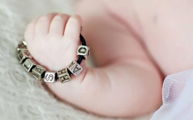 Nomes de bebês com cunho religioso negativos, marcas, entre outros, costumam ser vetados em vários países