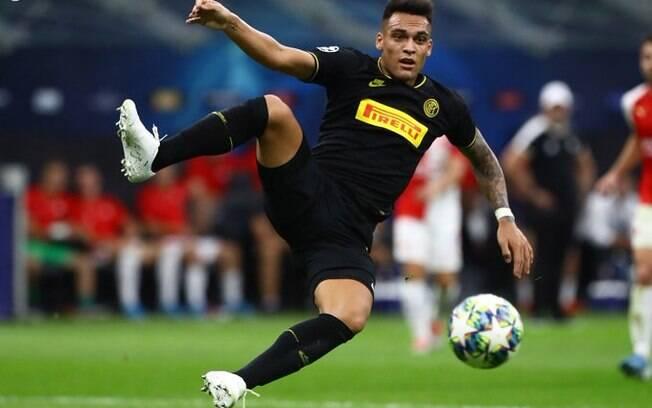 Lautaro Martinez foi titular da Inter de Milão na estreia da Champions League