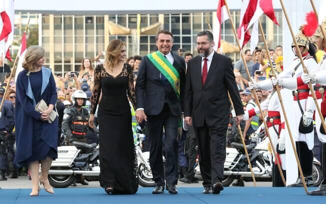 Michelle Bolsonaro doou vestido usado na posse