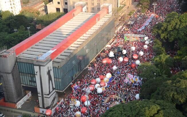 Protesto pró-governo na Avenida Paulista