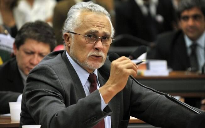 Genoino no período em que atuou na Câmara dos Deputados: motivo de internação sob sigilo