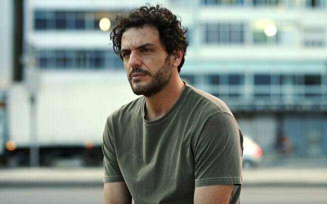 Rodrigo Lombardi em cena de O Olho e a Faca, uma das boas estreias do cinema neste final de semana