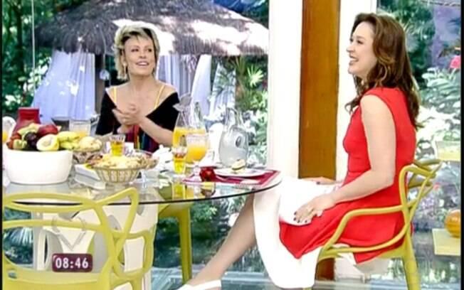 Claudia Raia participa do 'Mais Você', na Globo, e se diverte ao lado de Ana Maria Braga