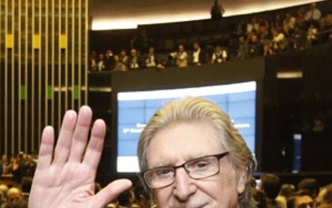 Deputado Sérgio Reis é um dos mais assediados na Câmara