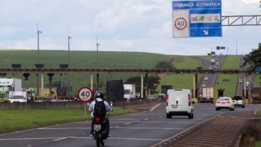Isenção de pedágio para motos não valerá para rodovias que não sejam federais  no território brasileiro