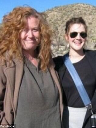 Drew Barrymore entre Jessica e o pai