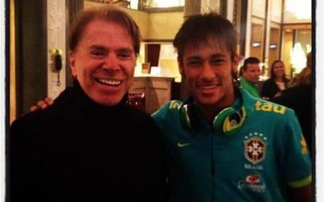 Neymar tietou Silvio Santos na Suécia na tarde de terça-feira (14)