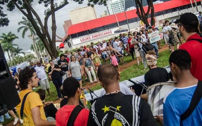 Repúdio aos 50 anos da TV Globo reuniu manifestantes na sedes da emissora em 4 capitais. Foto: Reprodução/Facebook