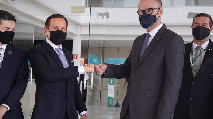 SP envia 40 respiradores a Manaus: