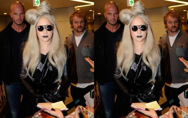 Lady Gaga no aeroporto internacional de Tóquio