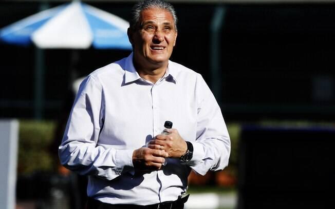 Corinthians de Tite não conseguiu derrotar o Náutico no Pacaembu na 19ª rodada do Brasileirão