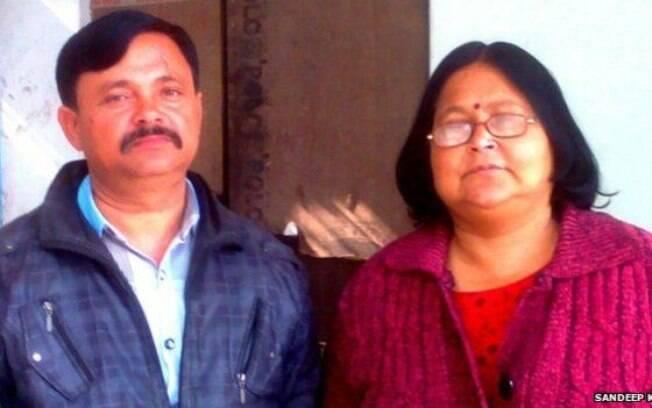 Casal disse ter rejeitado pelas famílias; casamento entre pessoas de diferentes religiões ainda é tabu em partes da Índia