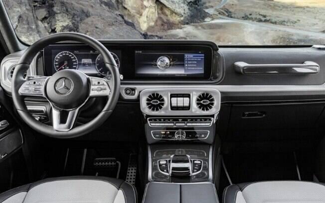 Mercedes-Benz Classe G: novo interior continua transmitindo ideia de robustez, mas com estilo mais moderno