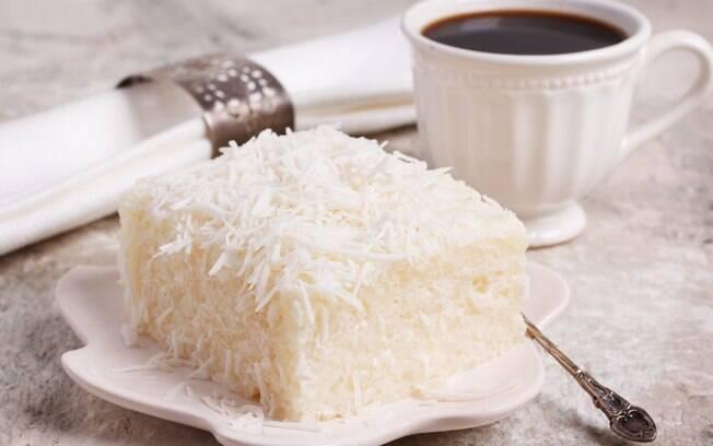 O bolo de tapioca é uma delícia gelada simples de fazer