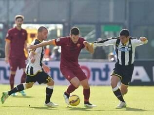 A Udinese pressionou bastante no segundo tempo, mas não conseguiu chegar ao empate com a Roma