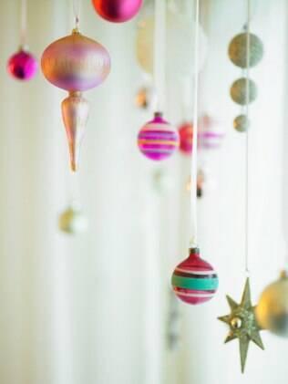 """""""O Natal está dentro da gente e, muitas vezes, é preciso mostrar aos outros a nossa necessidade de confraternizar e se reunir"""", diz a psicóloga Maria Aparecida das Neves"""