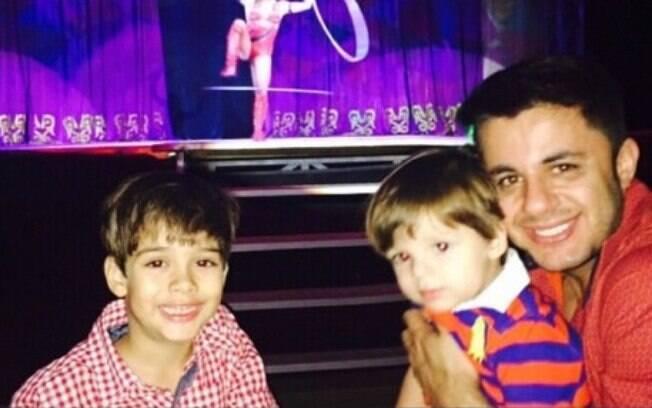 O cantor deixou dois filhos: João Gabriel, de  seis anos, e Bernardo, de dois.. Foto: Reprodução/Instagram