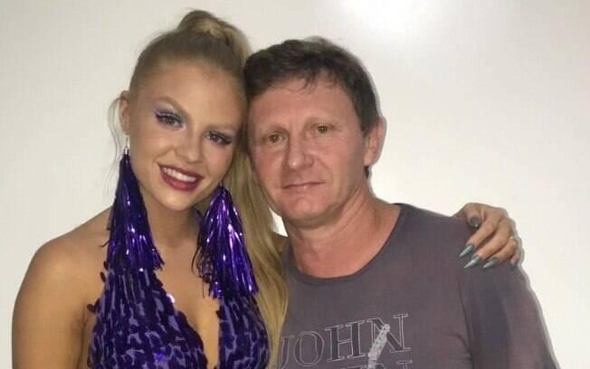 Luísa Sonza e o pai%2C Cézar