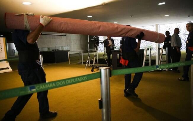 Equipe de eventos já trabalha para deixar Brasília preparada para a cerimônia de posse de Bolsonaro como presidente