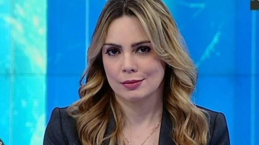 Rachel Sheherazade estaria acusando Silvio Santos de assédio