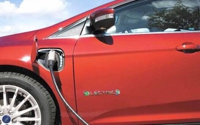 Além dos carros híbridos, o Focus Electric chegará com novo motor elétrico de 50 kWh e autonomia de 190 km na cidade