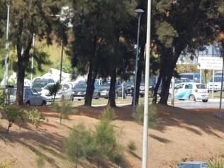 Saída de ônibus da Argélia causou transtorno no Belvedere