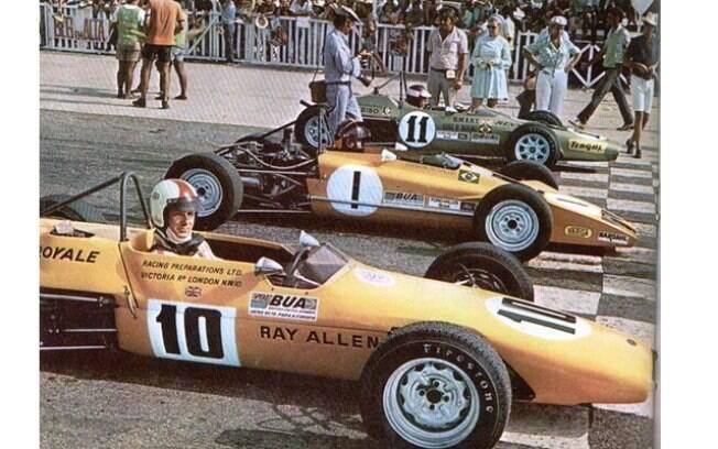 A Fórmula Ford começou no Brasil em 1970 num torneio internacional abrindo o caminho para a criação da categoria brasileira
