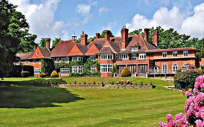 A nova mansão de Adele na Inglaterra