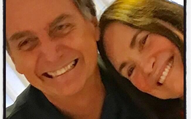 Regina Duarte fala da eleição de Bolsonaro com posts no Instagram
