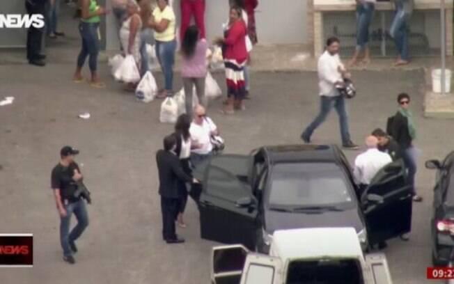 O empresário Eike Batista deixou o complexo de Bangu, no Rio de Janeiro, após Ministro Gilmar Mendes autorizar prisão domiciliar