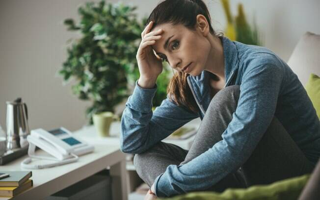 Pensamentos negativos podem influenciar na hora de agir, por isso, o ideal é mantê-los longe