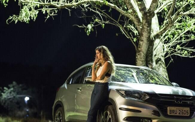 A protagonista Maria Bopp em cena da terceira temporada de