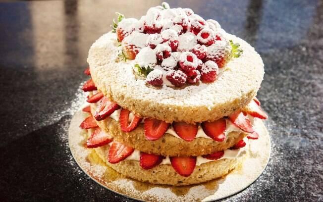 Naked cake: veja aqui como preparar todas as etapas do bolo que desafiou a criançada