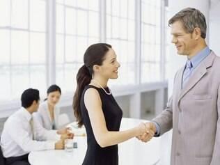 E-mail nem pensar! Se você resolveu pedir demissão, marque um horário para uma conversa pessoalmente