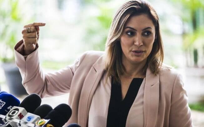 Segundo informações repercutidas, a esposa de Jair Bolsonaro teria pedido para retirar obras sacras do Palácio da Alvorada