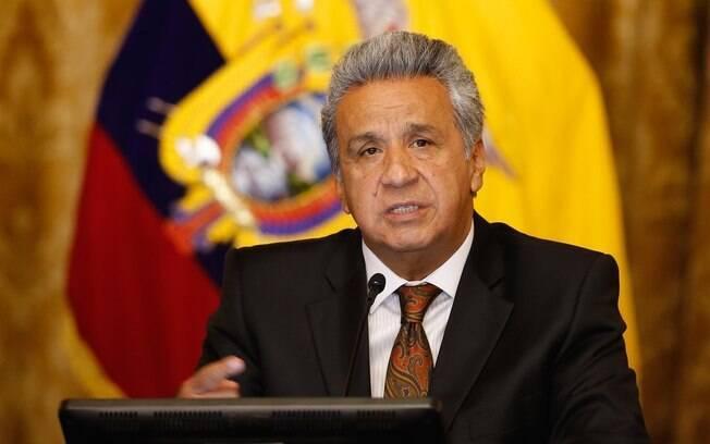 Moreno diz que negociou condições para entrega de Assange