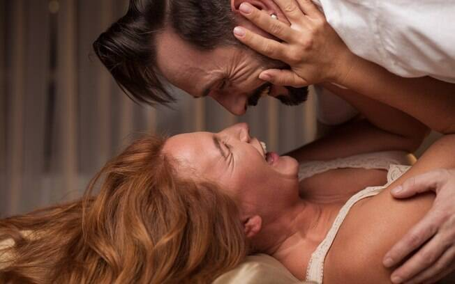 Como manter o romantismo do casamento? Uma das formas é comemorar as conquistas que o casal alcança