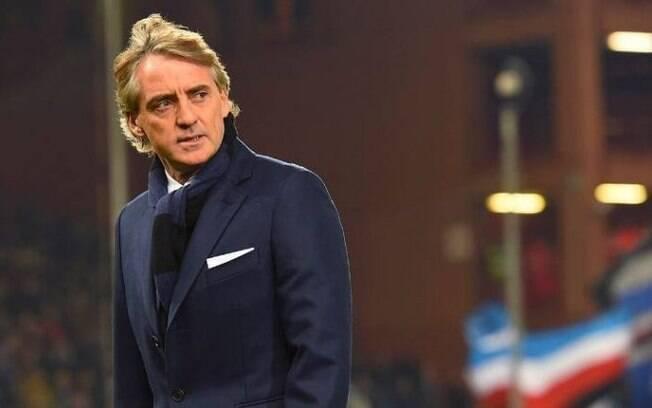 Roberto Mancinifaz seu primeiro treino à frente da seleção da Itália