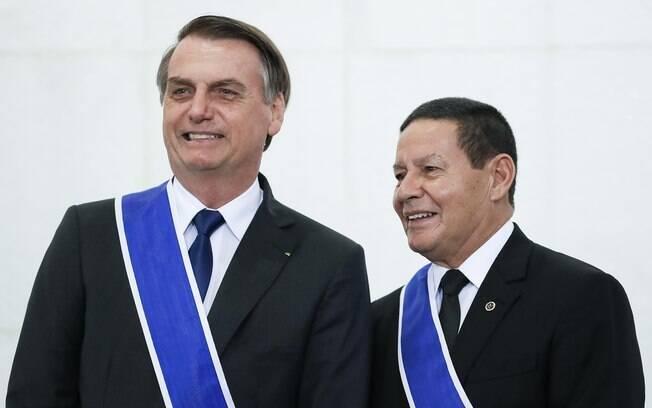 Bolsonaro e Mourão são, segundo o presidente, 'amigos dos momentos difíceis'; entenda a relação entre os dois