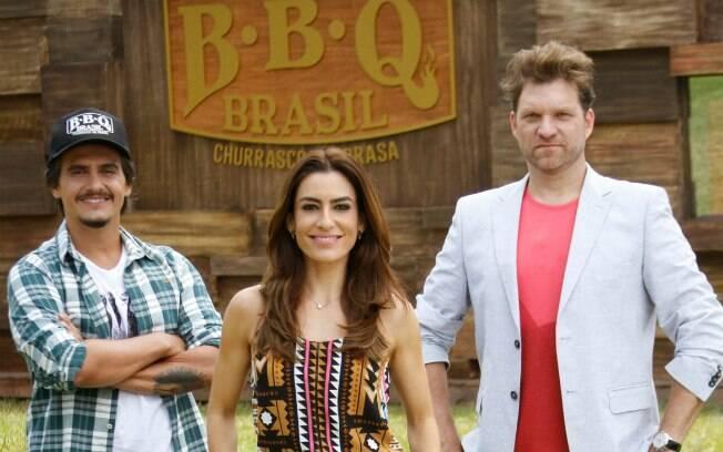 Ticiana Villas Boas com os jurados Rogério deBetti (de boné) e Carlos Bertolazzi