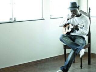 Virtuosismo. Destaque no cenário instrumental, o músico Warley Henrique é autodidata e ganhou o primeiro cavaquinho aos 16 anos