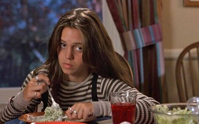 Eliza DUshku em cena de True Lies