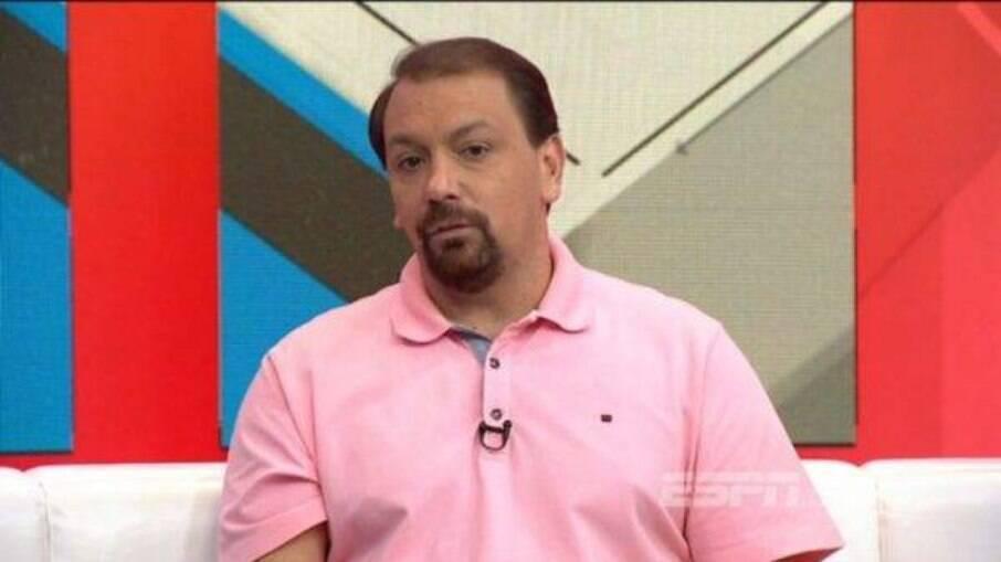 Alê Oliveira acumulou polêmicas em sua passagem pela TV